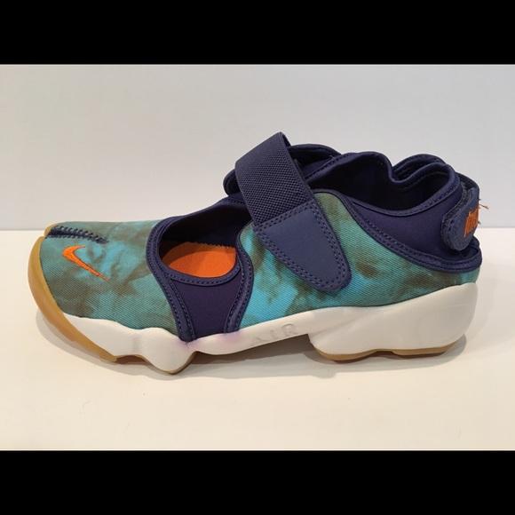 29d838920ae8 Nike Air Rift Womens Prm QS 848502-500 All Sizes. M 5abec75f85e60586b0f96028
